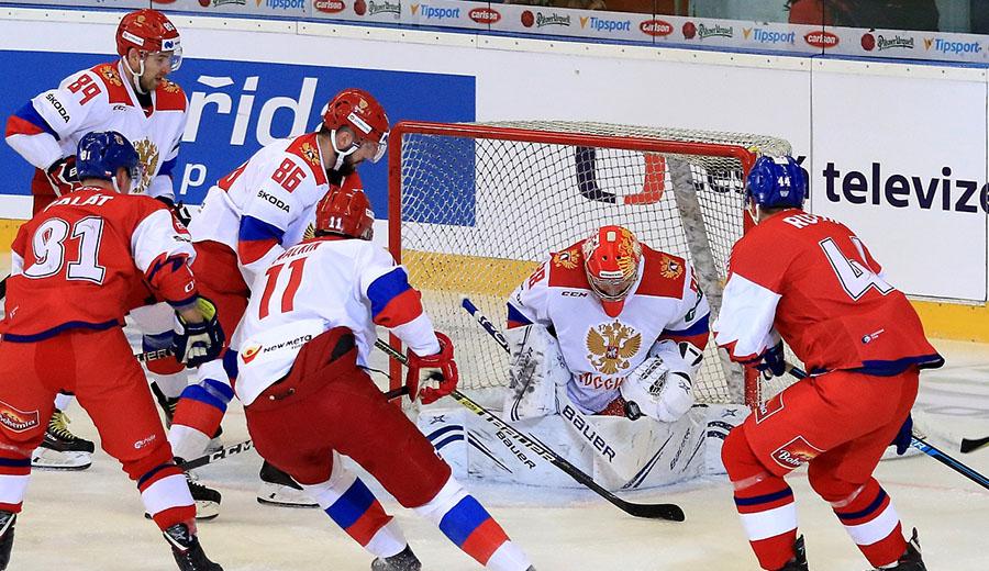 Na závěr prohrál český tým s hvězdami nabitým Ruskem. Turnaj vyhráli Švédové