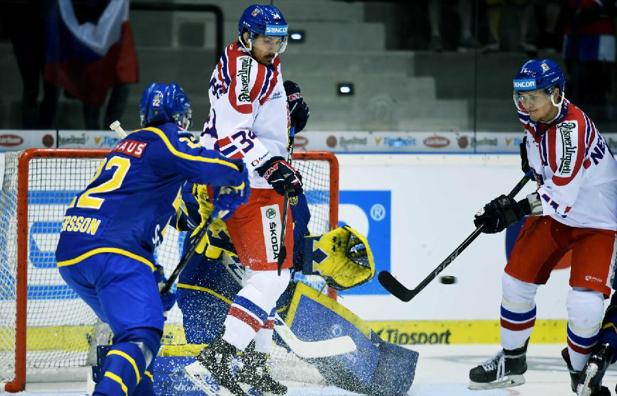 CZE – SWE 3:1: Češi porazili i Švédy a domácí turnaj mohou vyhrát už v sobotu