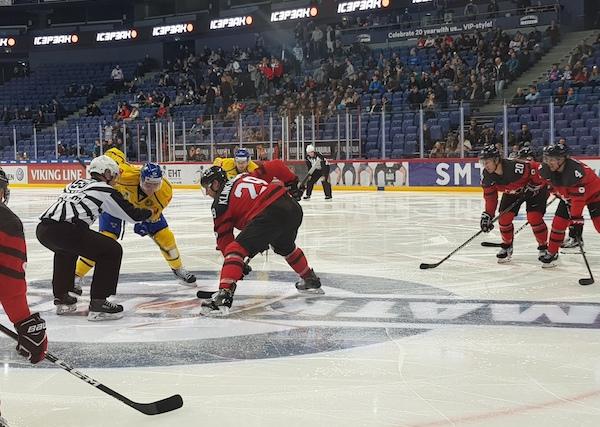 CAN - SWE 0:2 - Švédové přetlačili Kanadu, výhru jim zajistil Lindholm