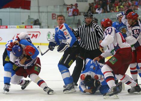 Finové selhali v koncovce, Rusům na výhru stačily dva góly