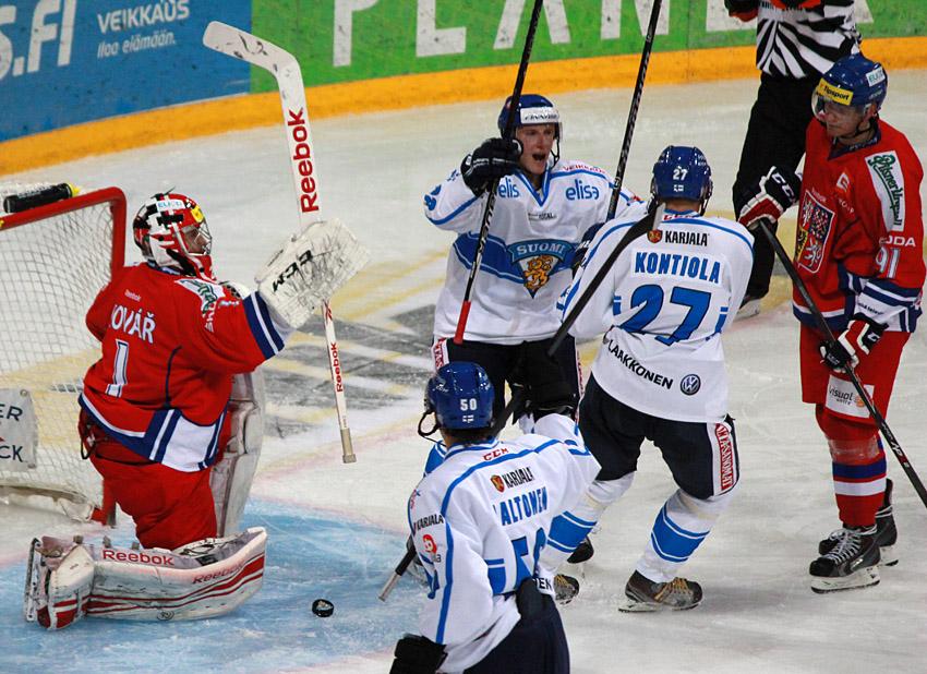 Češi opět nedotáhli dobře rozehraný zápas do vítězného konce