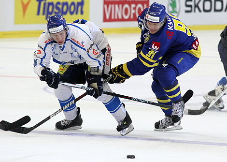 Finové v severském derby dvakrát vedli, body brali až po nájezdech
